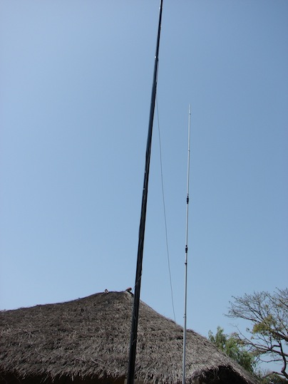 Antennas_on_Carabane